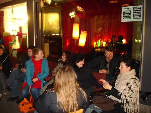 Berliner Klub im Mood von Hans Romanov. März 2007
