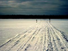 IMG_6965 snow covered tracks best (SixInHand) Tags: winter holiday finland best event activity day5 2009 rr2 bordertoborder rajaltarajalle