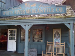 White River Mercantile Co. (Adventurer Dustin Holmes) Tags: silverdollarcity sdc branson missouri mo whiteriver whiterivermercantile generalstore store mercantilestore stores business western wildwest oldwest rockingchairs shop shops 1800s amusementpark bransonmo bransonmissouri tourism touristattraction touristattractions taneycounty ozarks midwest travel