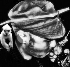 Spice Monkeys (Master Mason) Tags: portrait bw drunk self ego monkey space bn io mojito monkeys nophotoshop placebo moreorless mastermason lanouvellerevolutionsurrealiste coronadispine comeunascimmiaspazialelanciatanellospazio