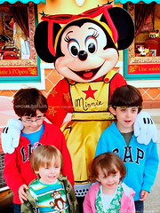 Minnie & Kids, Walt Disney Studios, Paris - France (Humayunn N A Peerzaada) Tags: india paris france kids studio fun model europe colours photographer disneyland indian sony cartoon mini disney actor maharashtra rides minnie studios mumbai baloons sonycybershot cartooncharacter waltdisney kutch humayun disneylandpark madai waltdisneystudio peerzada imagesoftheworld studioset deolali humayunn peerzaada kudachi kudchi humayoon studiosets humayunnnapeerzaada wwwhumayooncom humayunnapeerzaada sonycybershotdscw150 grandeuropediscovery