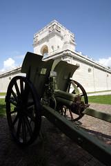 Asiago War Memorial (duncanchild) Tags: memorial war cannon asiago
