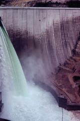 Essais des évacuateurs de crue du barrage de Vouglans (ASPHOR) Tags: jura 1970 barrage ain vouglans asphor