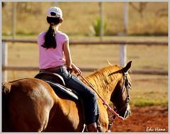 Tayulli (eduhhz) Tags: menina cavalo cy challengeyouwinner duetos tayulli a577 pregamewinner