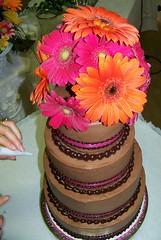 I love daisies! (Thien Gretchen) Tags: food cakes daisies gerbera seguin weddingcakes gerberdasies jesicascakes cakesbyjesica