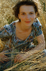 Juliette Binoche in The English Patient (djabonillojr.2008) Tags: portrait people italy film set movie french 1 costume outfit clothing oscar women eyecontact europe performingarts posed tuscany actress winner prominentpersons celebrities whites females performer adults movieset halflength academyawards europeans midadult midadultwoman movieactress juliettebinoche josephfiennes bestsupportingactress theenglishpatientmotionpicture1996 actressinasupportingrole
