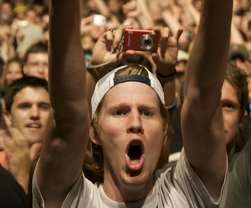 Screaming Fan - NAMU 2008
