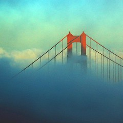 Fog and Wind 500x500 (gcquinn) Tags: bridge sunset fog golden bravo gate san francisco dusk geoff goldengatebridge goldengate quinn geoffrey 2007 500x500 justimagine platinumphoto anawesomeshot winner500