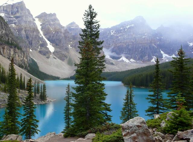 moraine lake cropped