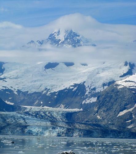 glacierwithmountain