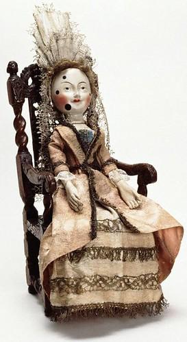 01- Old Pretender- mucheca de madera hacia 1680 inglesa