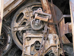 Big Gears (dbro1206) Tags: old abandoned rust mechanical northwest rusty equipment machinery resting shovel gears winch decayed oldiron