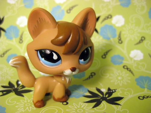 LPS fox by ,,,^..^,,,.