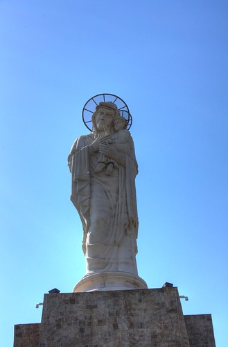 """Монумент """"Света Богородица"""""""