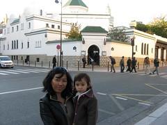 devant la grande mosquée