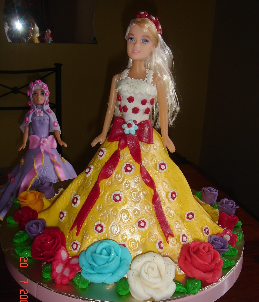 1st Barbie Cake