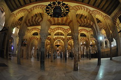 "Mezquita in Cordoba • <a style=""font-size:0.8em;"" href=""http://www.flickr.com/photos/71572571@N00/3075089752/"" target=""_blank"">View on Flickr</a>"