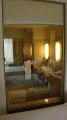 03.浴室開了一個大落地窗