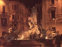 Fontana di Ortigia (Siracusa - Sicilia) (Cherry_Ci@) Tags: italy art monument italia sicily sicilia siracusa ortigia viewonblack