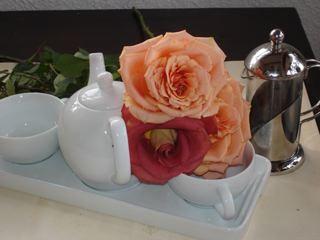 breakfast-roses