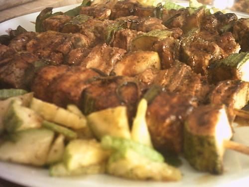 Spiedini di lonza con zucchine e peperoni