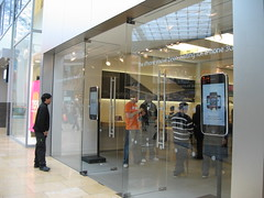 iPhone 3G Display at the Apple Store, Birmingham