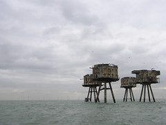 Maunsell Sea Forts (Shivering Sands, Thames Estuary, England) (Joe Ruffles) Tags: seaforts maunsellforts artillery abandoned uk england wwii worldwartwo gunemplacements antiaircraft shiveringsands riverthames thamesestuary estuary windfarm offshorewindfarm