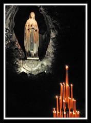 Lourdes - La Grotte