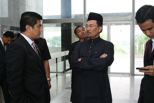 DSAI masuk Parlimen Malaysia by Anwar Ibrahim.