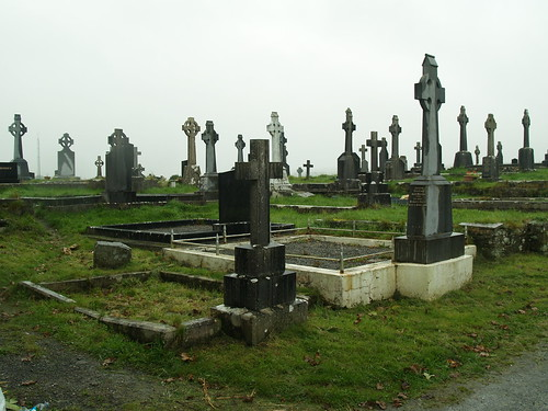 "Ennistymon Graveyard • <a style=""font-size:0.8em;"" href=""http://www.flickr.com/photos/75673891@N00/2923091702/"" target=""_blank"">View on Flickr</a>"