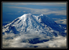 Mt. Rainier (HawkeyePilot (limited Flickr time)) Tags: dsc7085 copy mtrainier b757 blueribbonwinner impressedbeauty naturesfinest naturescreations flickrgolfclub mywinners digitalcameraclub