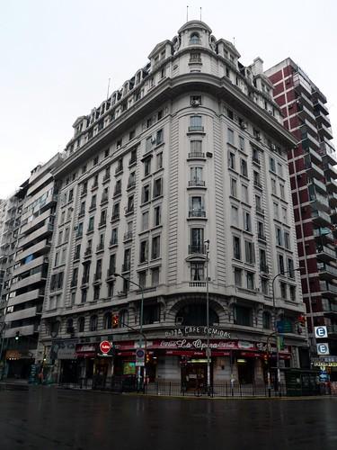 Avenida Callao esquina a Corrientes (Buenos Aires)