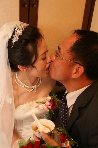你拍攝的 20081110GeorgeEnya迎娶334.jpg。