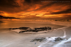 Galician Beauty (Lewosky) Tags: longexposure sunset sea orange water sunshine spain sand corua tokina1224 galicia cokin arteixo barraan tokina124 platinumheartaward lewosky singhraygnd