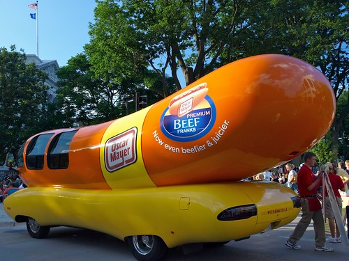 Ws for Wiener Mobile, a Wisconsin Icon