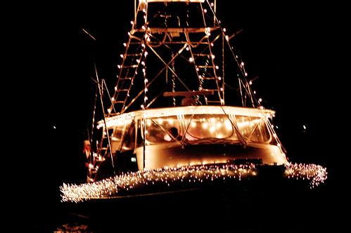 boat christmas parade 22