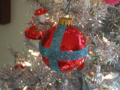 My third ornament makeover on CraftStylish
