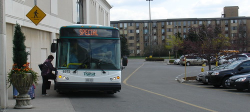 043008New-Flag-Bus-002a