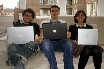 Entre Macs anda el juego!