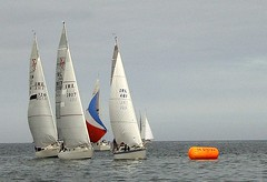 Rounding the mark (eff_two_for_a_week) Tags: ireland sailing kerry yachts fenit samsungnv10 lightairs