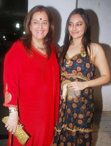 Photo: Poonam Dhillon and Sonakshi Sinha