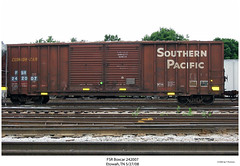 FSR (ex-SP) Boxcar 242007 (Robert W. Thomson) Tags: railroad train tennessee railway trains sp traincar boxcar fsr southernpacific rollingstock etowah espee fortsmithrailroad