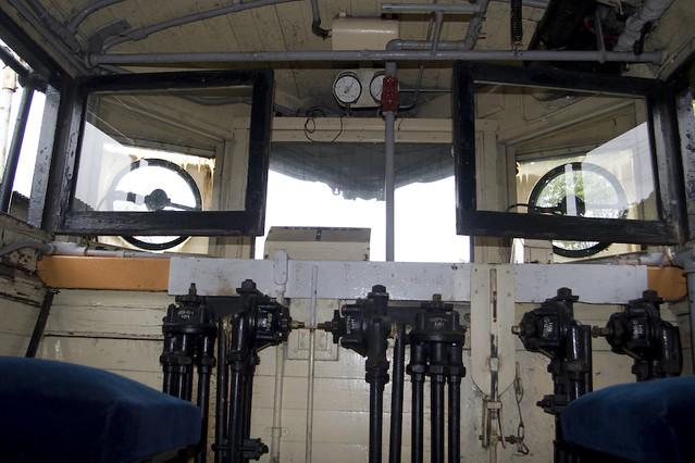 キ1型 運転室