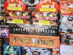Quality Fireworks - Guaranteed (EpicFireworks) Tags: light fireworks guyfawkes firework burst pyro sparks 13g epic pyrotechnics ignition singleignition