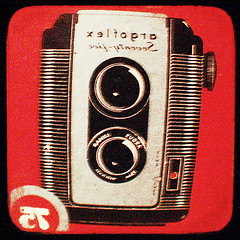 "original ""57 xelfogra"" box"