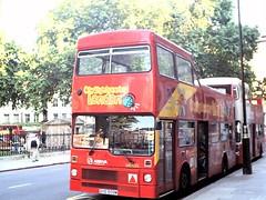 MB509-01 (Ian R. Simpson) Tags: gye509w mcw metrobus opentop londonbuses leasidebuses m509 arrivalondon arrivaolst citysightseiing originallondonsightseeingtour arriva