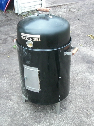 Brinkman el-cheapo smoker