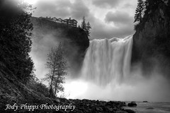 Snoqualmie Falls (RU4SUN2) Tags: blackandwhite river waterfall washington snoqualmiefalls hdr snoqualmie westernwashington