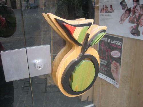 Olive doorknob