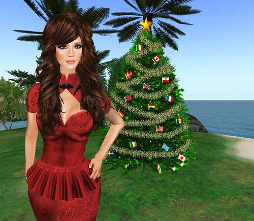 Ingenue outfit and xmas tree